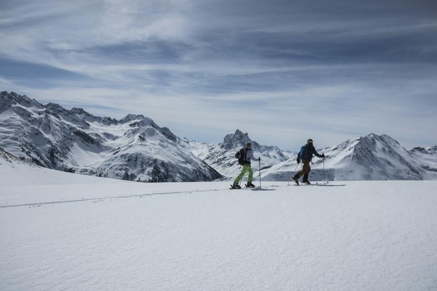 The Freeride Experience Arlberg - Wundervoller Ausblick von der Albona Richtung Patteriol