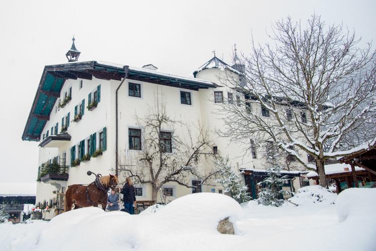 Das Schloss Kammer in Maishofen, unsere Base in den Salzburger Alpen